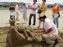 2011年 彫刻家の保坂さん